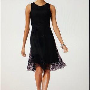 (16w) Black Woman's Eyelet Lace Dress